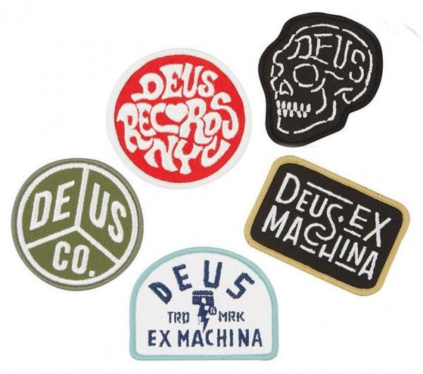 "DEUS EX MACHINA Aufnäher - ""Patch Pack Three"" - Set mit 5 Stück"